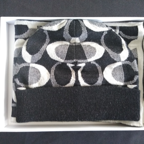 Coach Accessories - Black Knitted Coach Beanie and Scarf